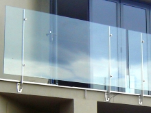 Frameless glass balcony balustrade and handrail solutions Christchurch